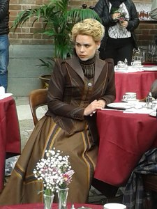 Billie Piper waiting for rehearsals to start